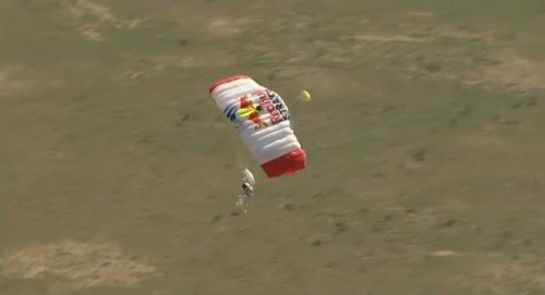 Felix-baumgartner-free-fall-12