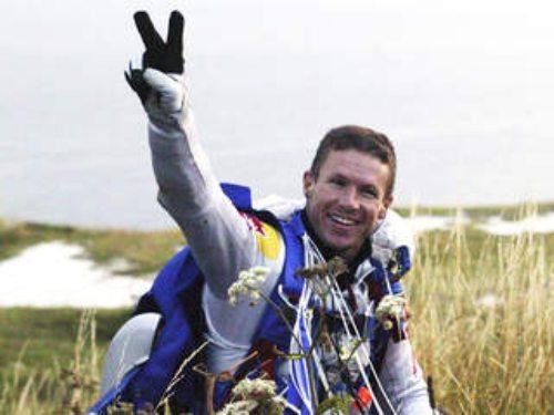 Felix-baumgartner-free-fall-26